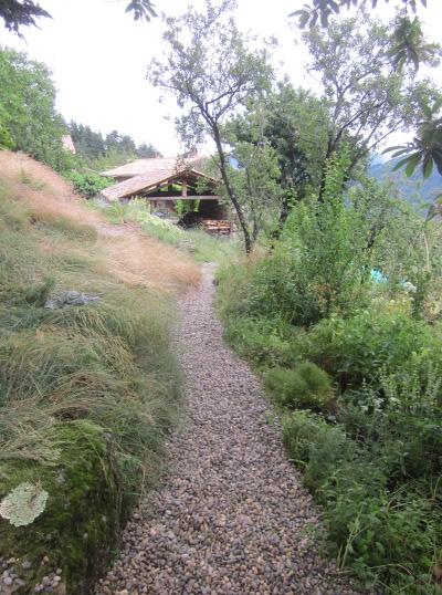 16 gravel path